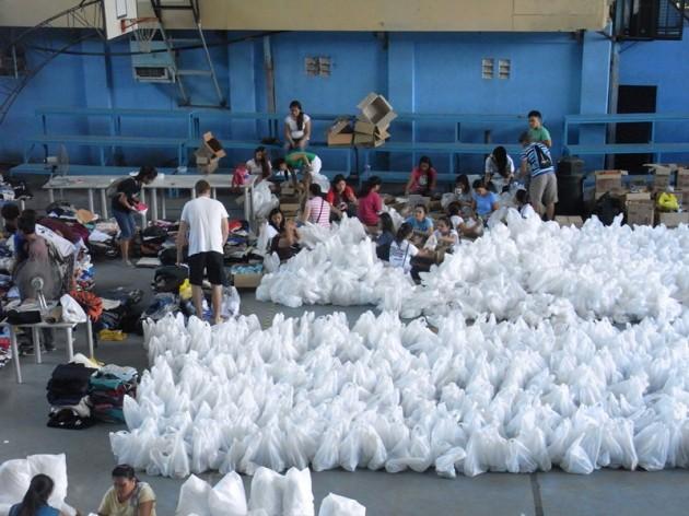 Don Bosco Schwestern strukturieren Hilfe in 10 Einsatzgebieten auf den Philippinen