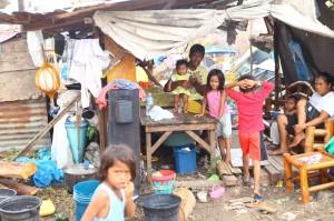 Taifun Haiyan stellt die Philippinen auf die Probe