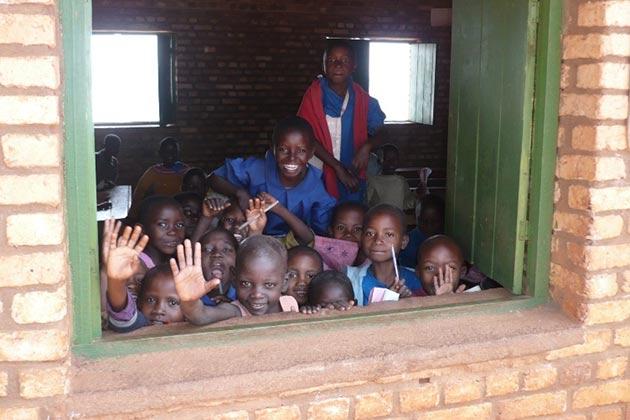 Das Schulbauprojekt Vumbi ist vollendet!