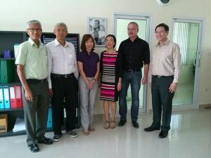 Bezirksregierung Chonburi zeichnet Human Help Network Foundation Thailand aus