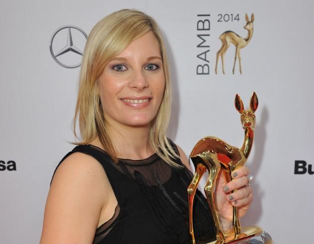 """Nora Weisbrod erhält BAMBI 2014  in der Kategorie """"Unsere Erde"""""""