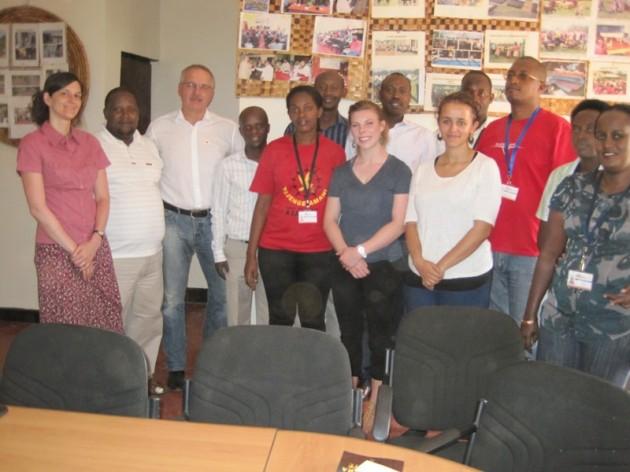Ewald Dietrich besucht ruandische Projektpartner