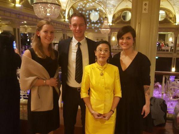 Human Help Network Foundation Thailand bei Galadinner in Den Haag