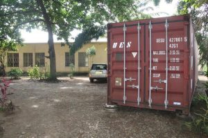 Container mit technischer Ausstattung für Ecole Polyvalente Carolus Magnus in Burundi