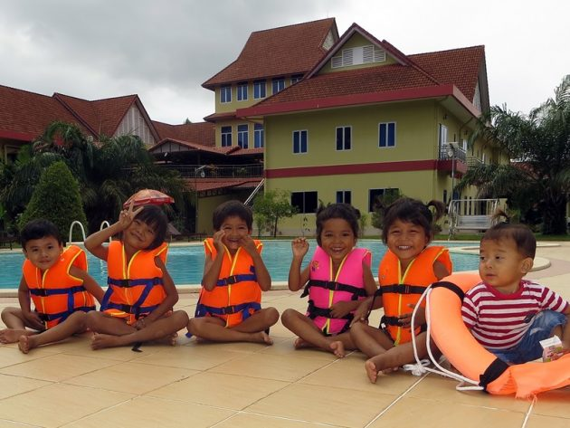 Kambodscha – Salesianer Don Boscos nehmen sechs zurückgelassene Kinder auf