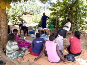 Non-formale Ausbildungskurse für junge Frauen in Kamuli