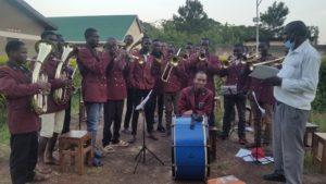Instrumentenspende für die Kamuli Brass-Band